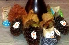 Thanksgiving crafts pine cones